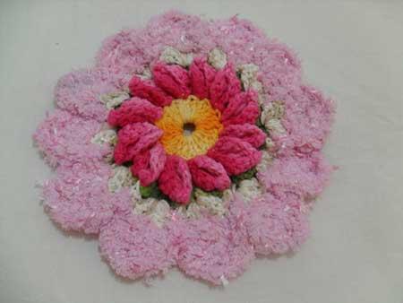 decoração com flores de croche
