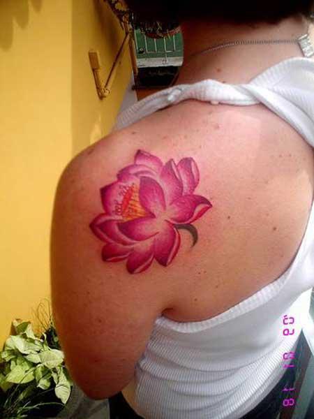 tattoo de flor de lótus