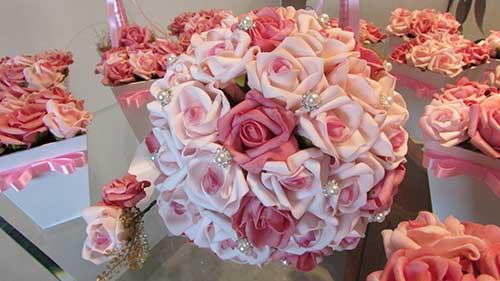 flor rosa bebê e rosa pink